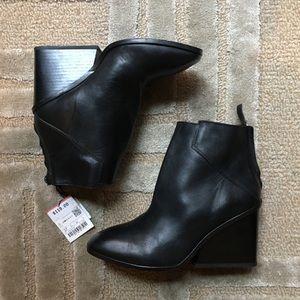 ZARA - stacked heel ankle booties